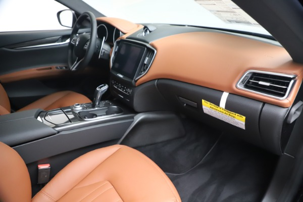 New 2020 Maserati Ghibli S Q4 for sale $85,535 at Bugatti of Greenwich in Greenwich CT 06830 22