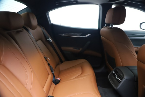 New 2020 Maserati Ghibli S Q4 for sale $85,535 at Bugatti of Greenwich in Greenwich CT 06830 27