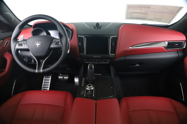 New 2020 Maserati Levante S Q4 GranSport for sale $104,485 at Bugatti of Greenwich in Greenwich CT 06830 16