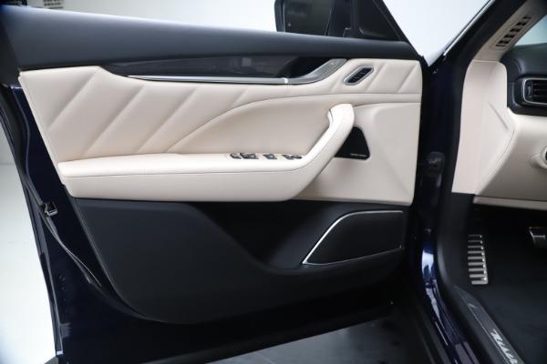 New 2020 Maserati Levante S Q4 GranLusso for sale Sold at Bugatti of Greenwich in Greenwich CT 06830 17