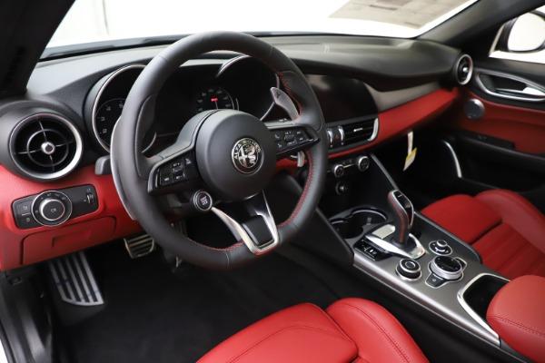 New 2020 Alfa Romeo Giulia Ti Sport Q4 for sale Sold at Bugatti of Greenwich in Greenwich CT 06830 13