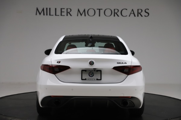 New 2020 Alfa Romeo Giulia Ti Sport Q4 for sale $51,995 at Bugatti of Greenwich in Greenwich CT 06830 6