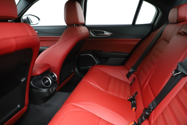 New 2020 Alfa Romeo Giulia Ti Sport Q4 for sale Sold at Bugatti of Greenwich in Greenwich CT 06830 19