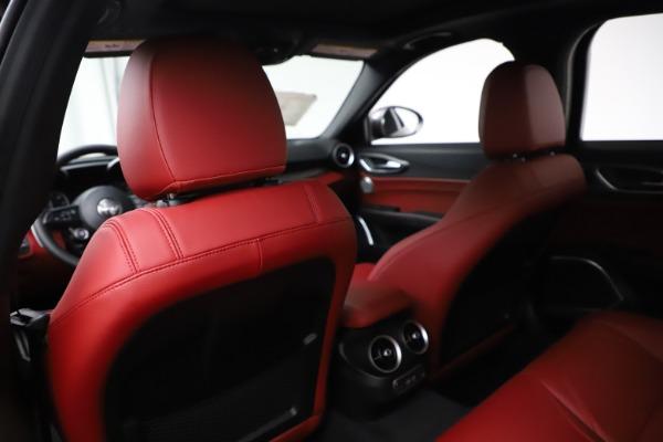 New 2020 Alfa Romeo Giulia Ti Sport Q4 for sale Sold at Bugatti of Greenwich in Greenwich CT 06830 20