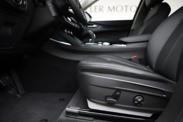 New 2020 Alfa Romeo Stelvio Sport Q4 for sale $50,795 at Bugatti of Greenwich in Greenwich CT 06830 14