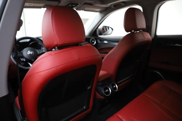 New 2020 Alfa Romeo Stelvio Sport Q4 for sale Sold at Bugatti of Greenwich in Greenwich CT 06830 20