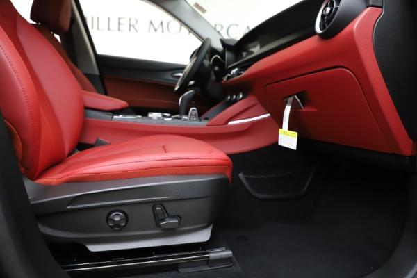 New 2020 Alfa Romeo Stelvio Sport Q4 for sale Sold at Bugatti of Greenwich in Greenwich CT 06830 23