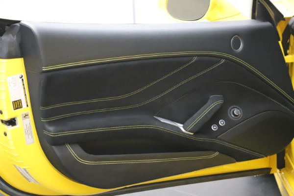 Used 2015 Ferrari California T for sale Sold at Bugatti of Greenwich in Greenwich CT 06830 22
