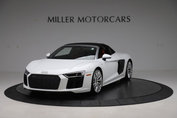 Used 2017 Audi R8 5.2 quattro V10 Spyder for sale $138,900 at Bugatti of Greenwich in Greenwich CT 06830 13