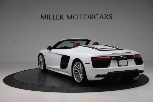 Used 2017 Audi R8 5.2 quattro V10 Spyder for sale $138,900 at Bugatti of Greenwich in Greenwich CT 06830 5