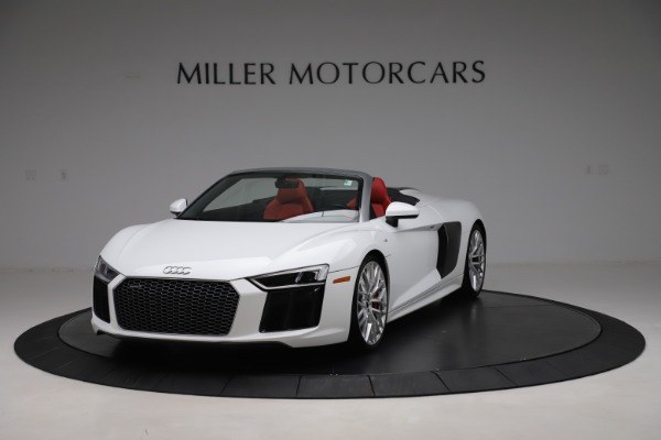 Used 2017 Audi R8 5.2 quattro V10 Spyder for sale $138,900 at Bugatti of Greenwich in Greenwich CT 06830 1