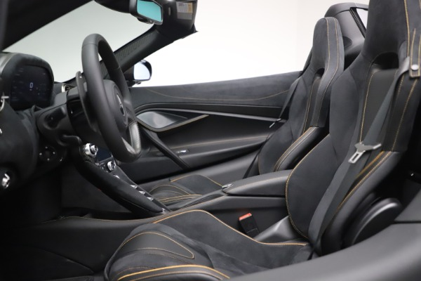 New 2020 McLaren 720S Spider Performance for sale $384,930 at Bugatti of Greenwich in Greenwich CT 06830 23
