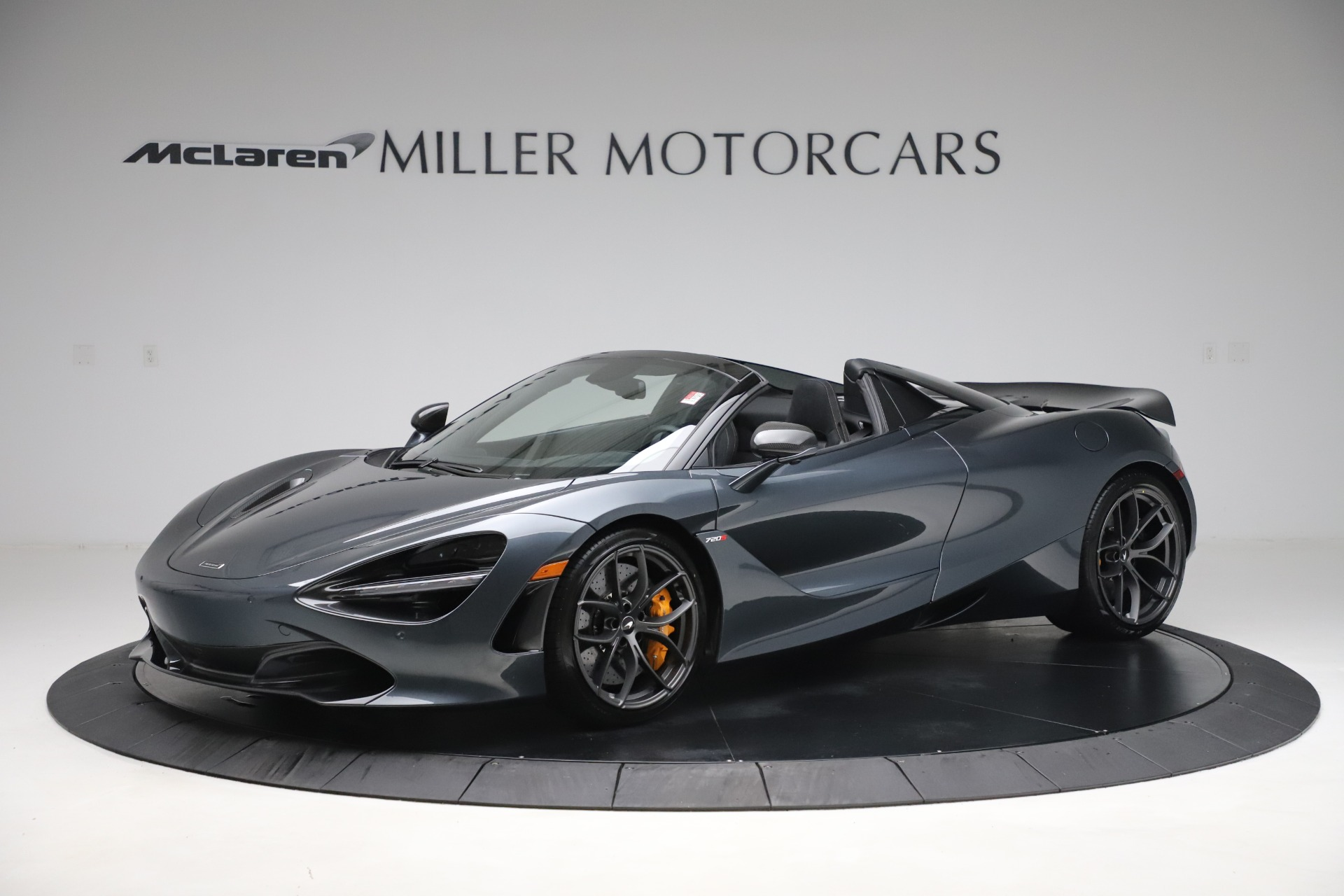 New 2020 McLaren 720S Spider Performance for sale $384,930 at Bugatti of Greenwich in Greenwich CT 06830 1