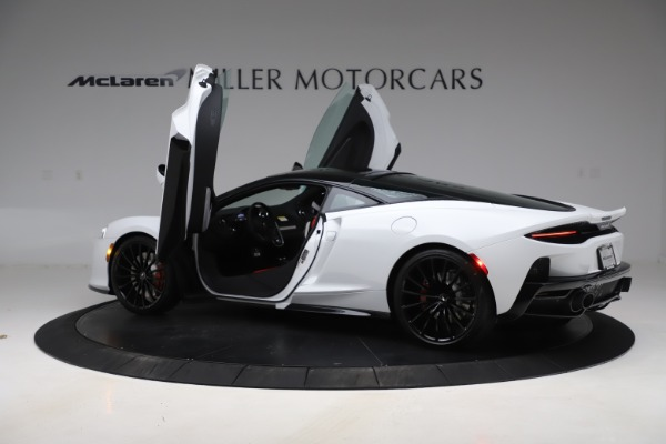 New 2020 McLaren GT Coupe for sale $257,242 at Bugatti of Greenwich in Greenwich CT 06830 12
