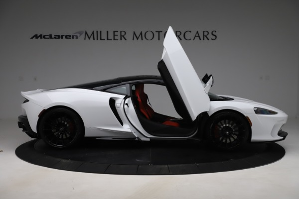 New 2020 McLaren GT Coupe for sale $257,242 at Bugatti of Greenwich in Greenwich CT 06830 15