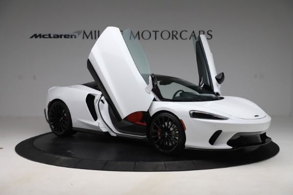 New 2020 McLaren GT Coupe for sale $257,242 at Bugatti of Greenwich in Greenwich CT 06830 16