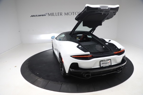 New 2020 McLaren GT Coupe for sale $257,242 at Bugatti of Greenwich in Greenwich CT 06830 17