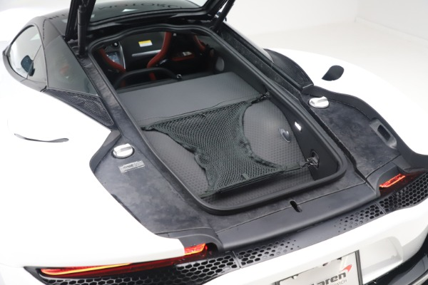 New 2020 McLaren GT Coupe for sale $257,242 at Bugatti of Greenwich in Greenwich CT 06830 18