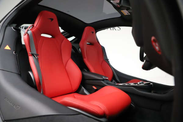New 2020 McLaren GT Pioneer for sale $257,242 at Bugatti of Greenwich in Greenwich CT 06830 19