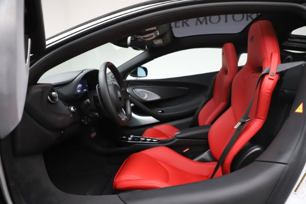 New 2020 McLaren GT Coupe for sale $257,242 at Bugatti of Greenwich in Greenwich CT 06830 22