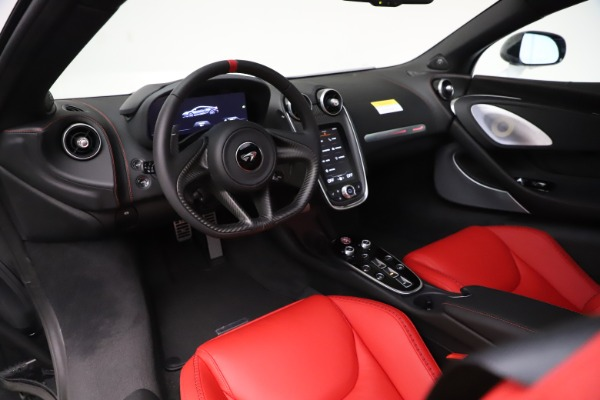 New 2020 McLaren GT Coupe for sale $257,242 at Bugatti of Greenwich in Greenwich CT 06830 23
