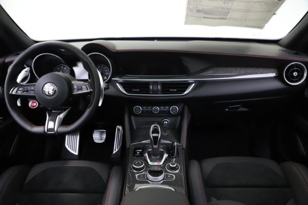 New 2020 Alfa Romeo Stelvio Quadrifoglio for sale $88,390 at Bugatti of Greenwich in Greenwich CT 06830 16