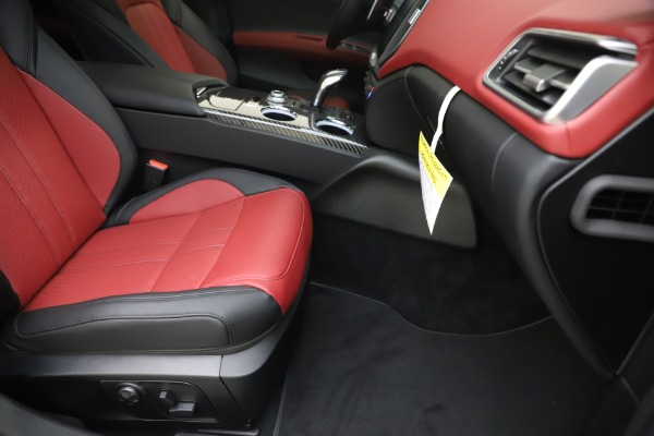 New 2020 Maserati Ghibli S Q4 GranSport for sale Sold at Bugatti of Greenwich in Greenwich CT 06830 24