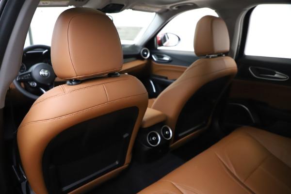 New 2020 Alfa Romeo Giulia Q4 for sale $46,395 at Bugatti of Greenwich in Greenwich CT 06830 20