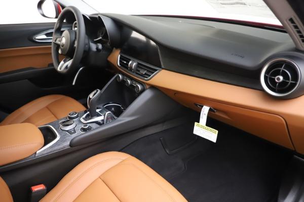 New 2020 Alfa Romeo Giulia Q4 for sale $46,395 at Bugatti of Greenwich in Greenwich CT 06830 22