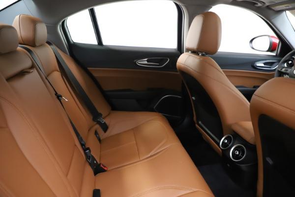 New 2020 Alfa Romeo Giulia Q4 for sale $46,395 at Bugatti of Greenwich in Greenwich CT 06830 27