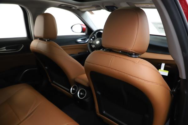 New 2020 Alfa Romeo Giulia Q4 for sale $46,395 at Bugatti of Greenwich in Greenwich CT 06830 28
