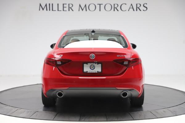 New 2020 Alfa Romeo Giulia Q4 for sale $46,395 at Bugatti of Greenwich in Greenwich CT 06830 6