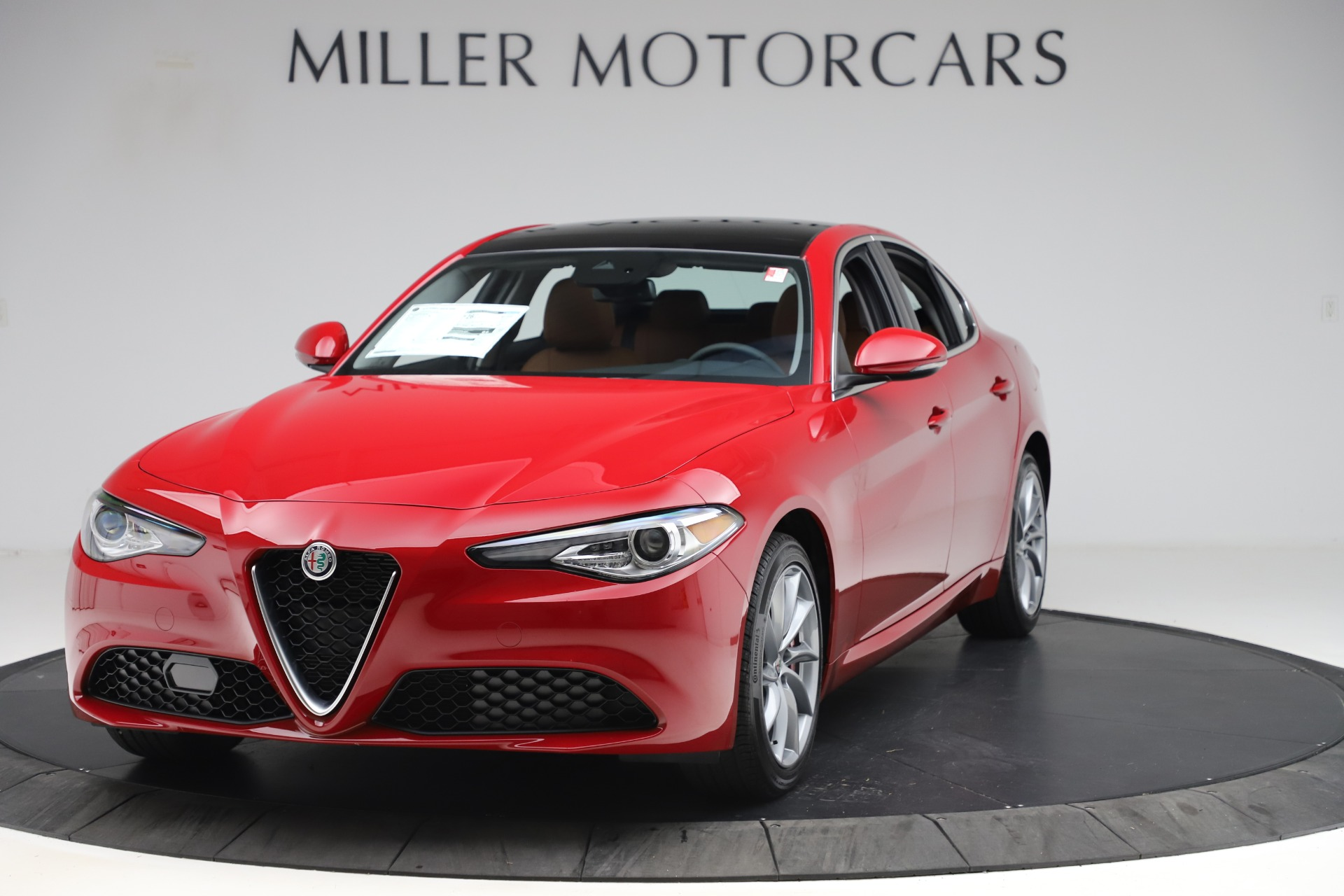 New 2020 Alfa Romeo Giulia Q4 for sale $46,395 at Bugatti of Greenwich in Greenwich CT 06830 1