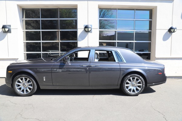 Used 2013 Rolls-Royce Phantom for sale Sold at Bugatti of Greenwich in Greenwich CT 06830 3