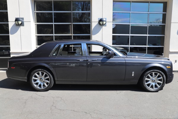 Used 2013 Rolls-Royce Phantom for sale Sold at Bugatti of Greenwich in Greenwich CT 06830 7