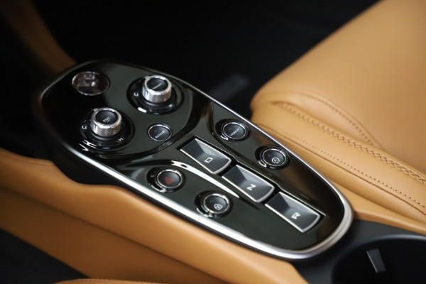 Used 2020 McLaren GT Luxe for sale Call for price at Bugatti of Greenwich in Greenwich CT 06830 18