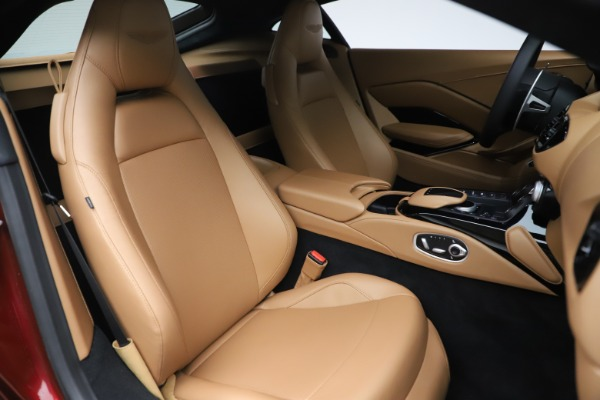 New 2020 Aston Martin Vantage Coupe for sale $185,991 at Bugatti of Greenwich in Greenwich CT 06830 19
