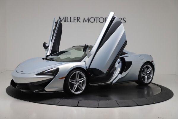 New 2020 McLaren 570S Spider Convertible for sale $256,990 at Bugatti of Greenwich in Greenwich CT 06830 24
