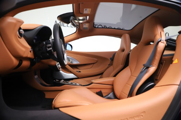New 2020 McLaren GT Coupe for sale $244,675 at Bugatti of Greenwich in Greenwich CT 06830 16