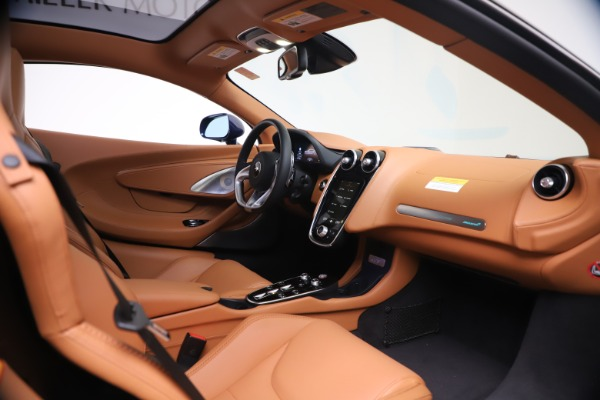 New 2020 McLaren GT Coupe for sale $244,675 at Bugatti of Greenwich in Greenwich CT 06830 18