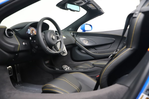 New 2020 McLaren 570S Spider Convertible for sale $236,270 at Bugatti of Greenwich in Greenwich CT 06830 23