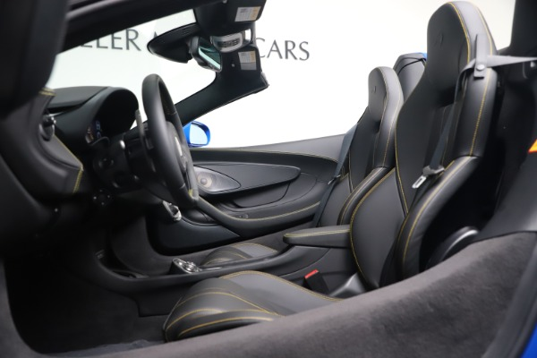New 2020 McLaren 570S Spider Convertible for sale $236,270 at Bugatti of Greenwich in Greenwich CT 06830 24