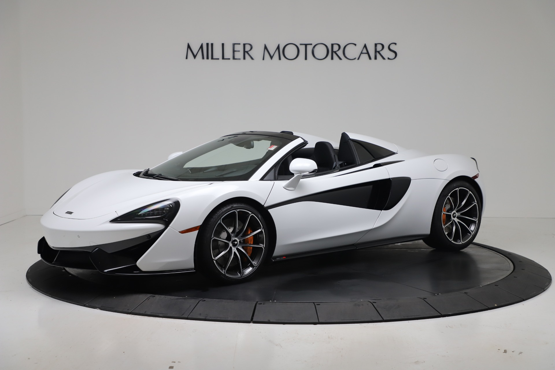 New 2020 McLaren 570S Spider Convertible for sale $231,150 at Bugatti of Greenwich in Greenwich CT 06830 1