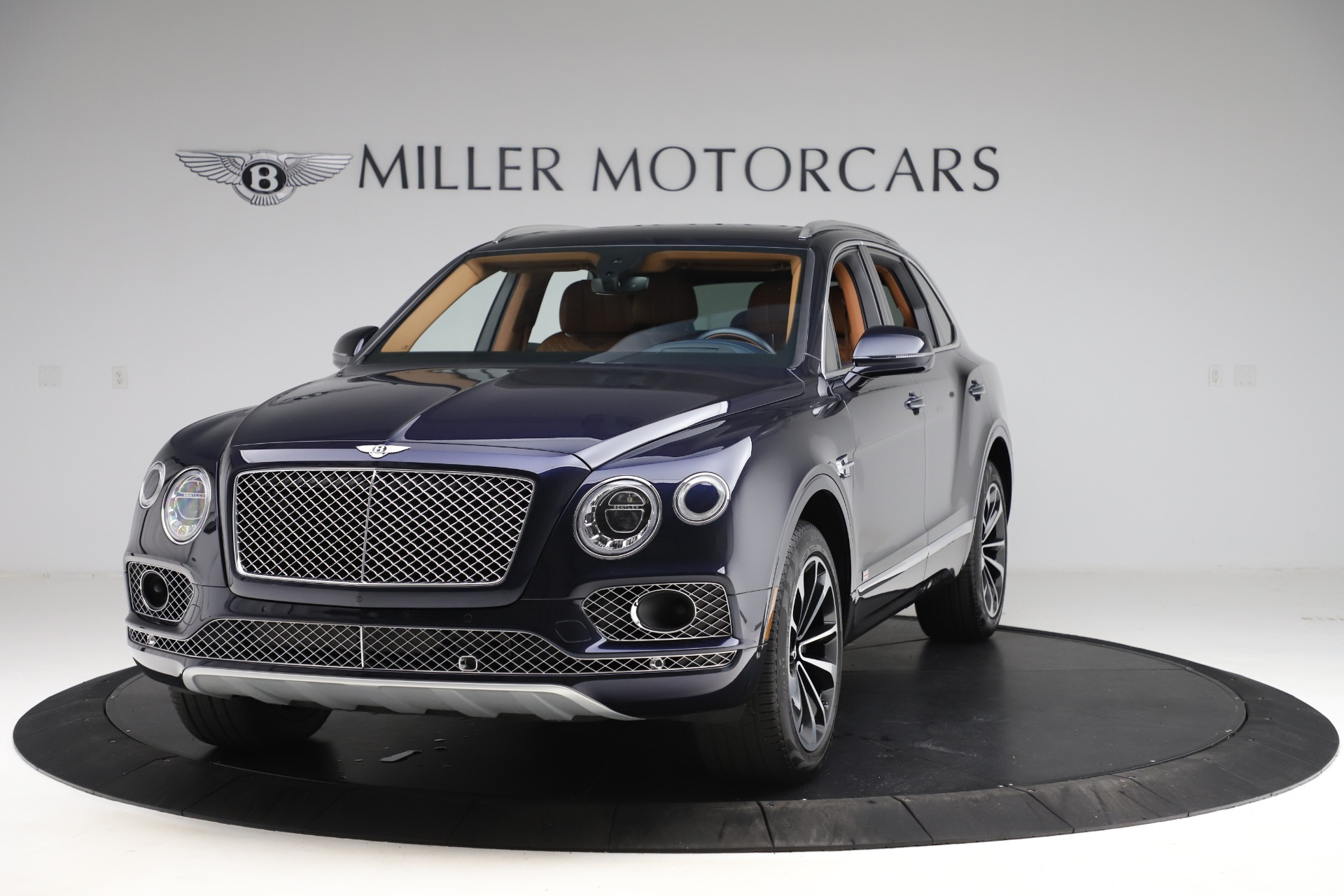 Used 2017 Bentley Bentayga W12 for sale $135,900 at Bugatti of Greenwich in Greenwich CT 06830 1