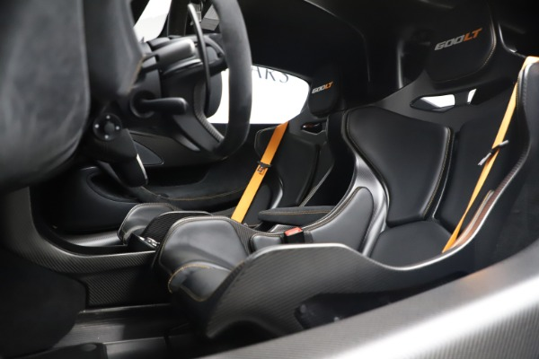 Used 2019 McLaren 600LT for sale $255,900 at Bugatti of Greenwich in Greenwich CT 06830 15