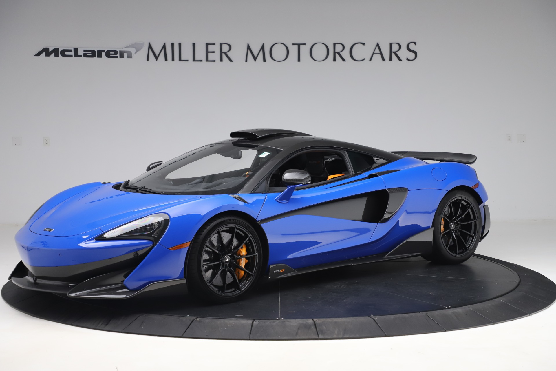 Used 2019 McLaren 600LT for sale $255,900 at Bugatti of Greenwich in Greenwich CT 06830 1