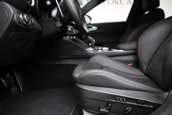 New 2020 Alfa Romeo Giulia Quadrifoglio for sale $83,590 at Bugatti of Greenwich in Greenwich CT 06830 14