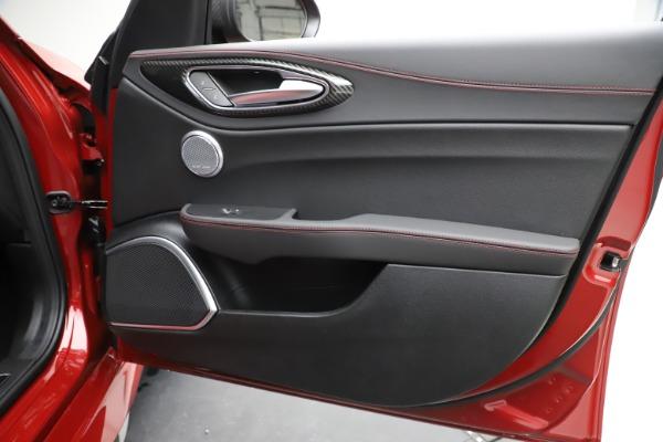 New 2020 Alfa Romeo Giulia Quadrifoglio for sale $83,590 at Bugatti of Greenwich in Greenwich CT 06830 25