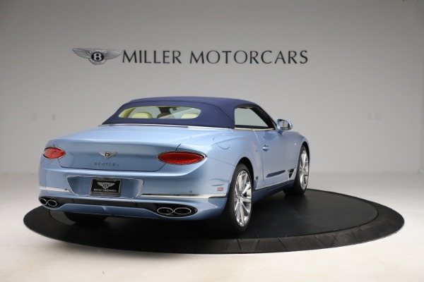 New 2020 Bentley Continental GTC V8 for sale $261,455 at Bugatti of Greenwich in Greenwich CT 06830 15