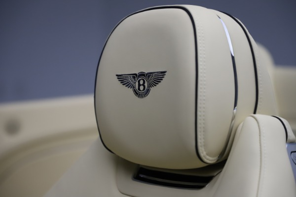 New 2020 Bentley Continental GTC V8 for sale $261,455 at Bugatti of Greenwich in Greenwich CT 06830 28